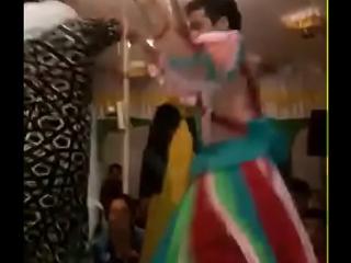 عراقي جيب صديقا نيك زوجته