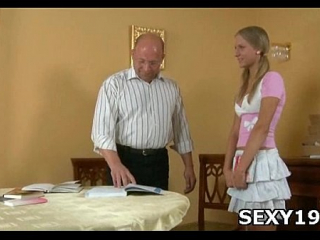 إجلاء جسم فتاة مصرية سكسي